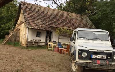 Tájkertünk, Lulla cottage múltja